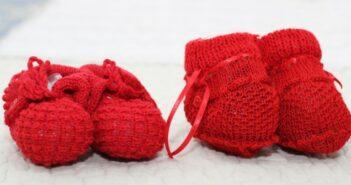 Babyschuhe stricken für Handmade at Amazon: Können DaWanda und Etsy bestehen?