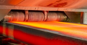 Strangguss: torch cutting machine CC7 bei voestalpine