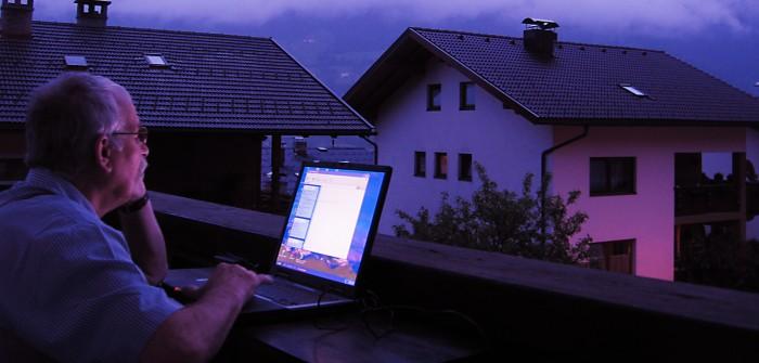 Balkongeländer als solargetriebenes Minikraftwerk: Sven Otte macht es vor