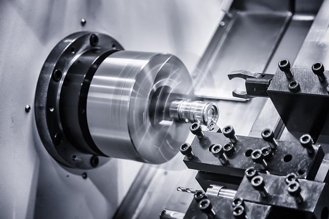 Bohrmaschinen und Fräsmaschinen sind aus allen Bereichen der Metallverarbeitung nicht mehr wegzudenken und gehören zur Standardausrüstung in jedem metallverarbeitenden Betrieb. (#02)