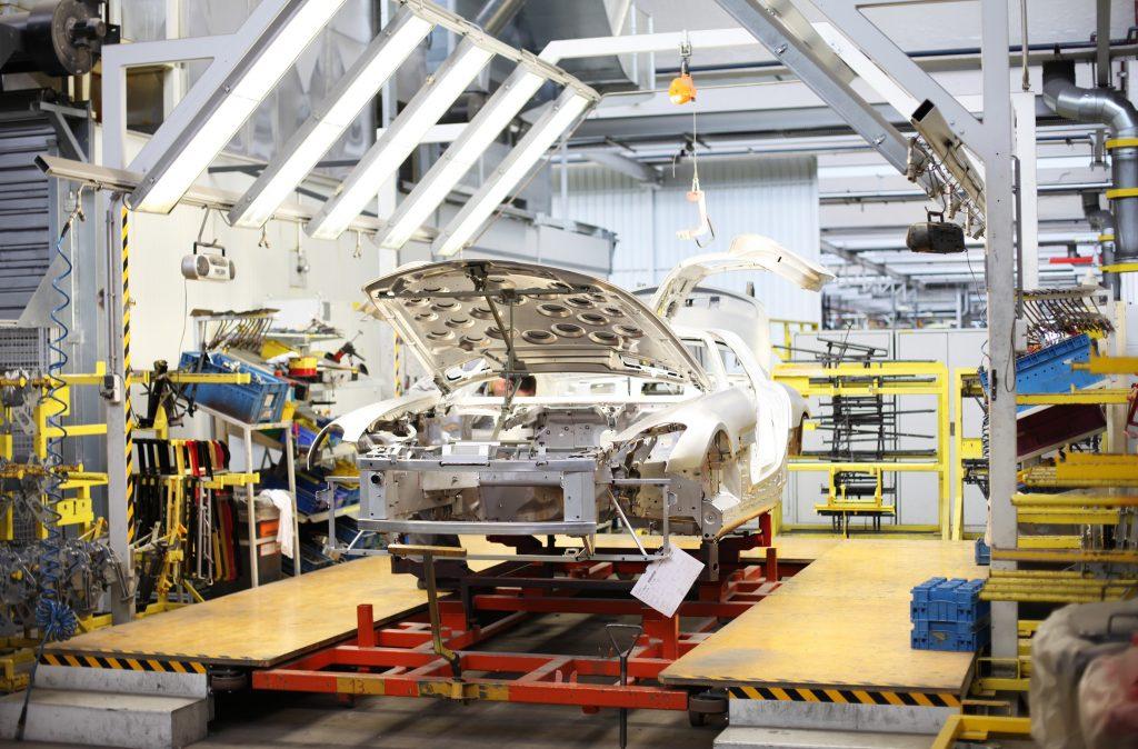 Karosserie Auto Fabrik auch da hat ide Maschinenautomatisierung Einzug gehalten