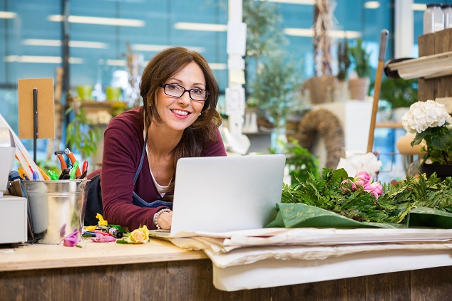 Finanzierung: Diese Neuunternehmerin hat alles bedacht, Sie hat ihren Online-Shop auf Erfolgskurs gebracht
