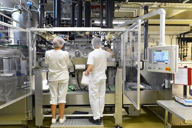 Wurden alle Wartungsarbeiten gut durchgeführt, sodass das Gerät in einem ordentlichen Zustand ist? Wurde die Generalüberholung gewissenhaft und mit Originalbauteilen des Herstellers durchgeführt? All diese Punkte gelten als Nachteile, die beim Kauf einer überholten Maschine zu bedenken sind.