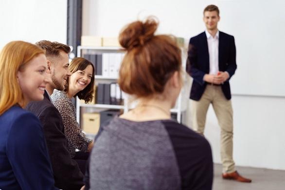 Weiterbildungen und Home Office – all dies sind Zugeständnisse des Personalmanagements an die Mitarbeiter, von denen das Unternehmen profitiert, wenn alles richtig gemacht wird.