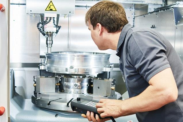 Im Jahr 1883 folgten die Drehmaschinen von Paul Blell, dessen Fertigungen sich schnell um Bohrwerke, Hobelmaschinen, Fräsmaschinen und andere Werkzeugmaschinen erweiterten. (#01)