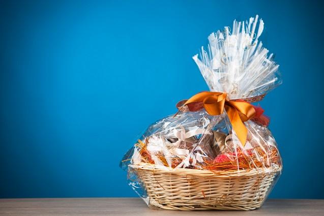 Neben der individuellen Beziehung zu den Geschäftspartnern sollte auch der Anlass für das Geschenk näher betrachtet werden. (#01)