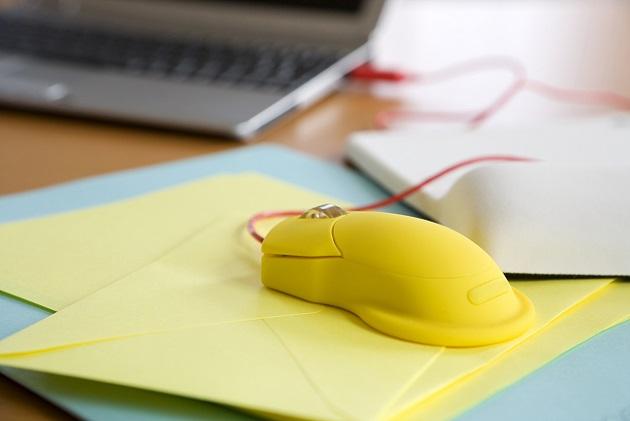 Mousepads, spezifische Fachbücher und alle Geschenke, die mit dem eigenen Unternehmen bzw. der Branche in Kontakt stehen, sind eine tolle Option, die es lohnt, auf Vorrat zu haben. (#04)