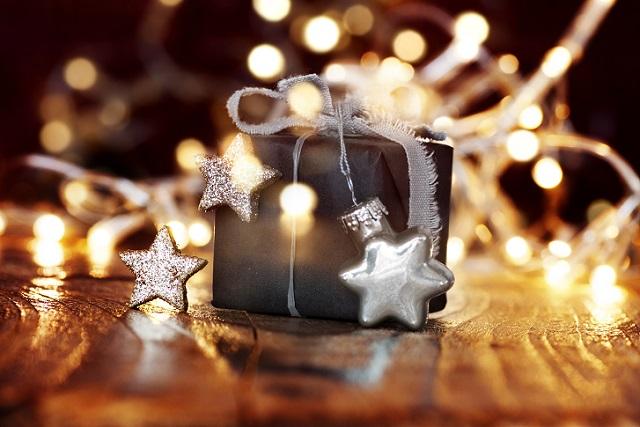 Ein Geschenk einfach mal so abseits der 'klassischen' Feste bleibt besonders lange positiv im Gedächtnis! (#05)