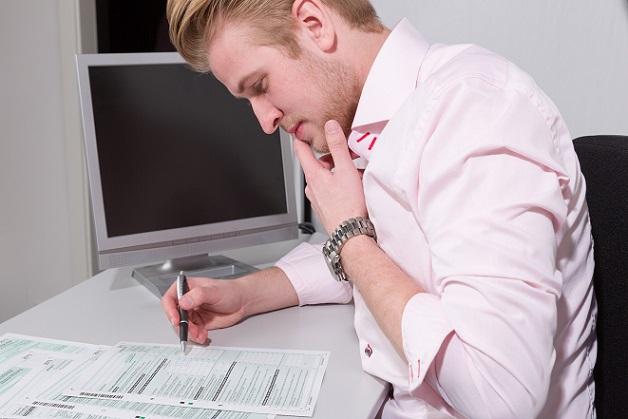 Es kann immer passieren, dass es in der Steuererklärung zu einem Fehler kommt. Normalerweise wird dieser bei der Überprüfung durch das Finanzamt festgestellt. (#03)