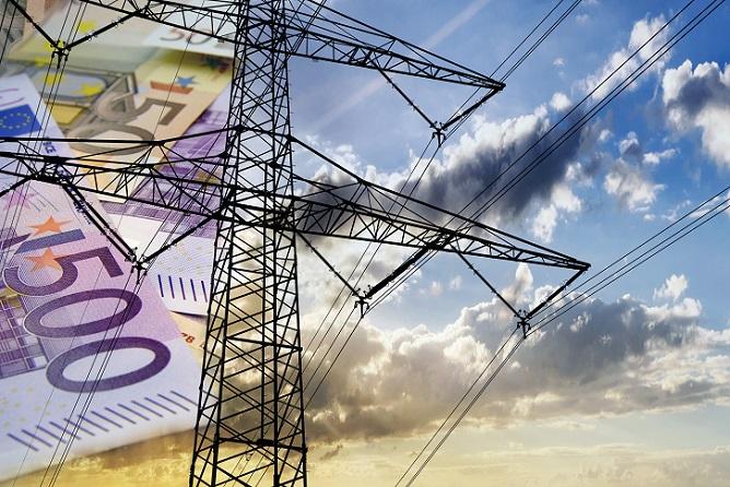 Für einen umfassenden Vergleich der Strompreise sind mehr Daten nötig als der durchschnittliche Verbrauch. Die Stromanbieter und auch die Portale stellen entsprechend detaillierte Informationen zur Stromversorgung bereit, sodass die Kunden alle Feinheiten der jeweiligen Bedingungen kennenlernen. (#04)