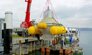 Anfang November 2016 begann das Fraunhofer-Institut IWES aus Kassel mit den Tests des neuartigen Pumpspeicherkraftwerks. Dazu wurde die 20 Tonnen schwere Hohlkugel im Bodensee versenkt.