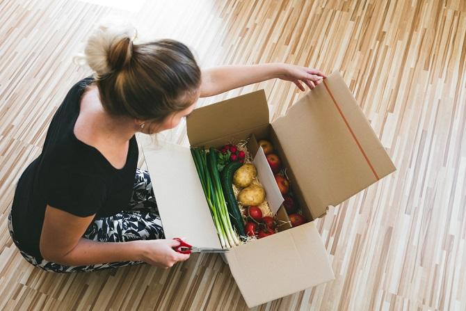 Auch in zehn Jahren werden die meisten Menschen ihre Besorgungen des täglichen Bedarfs und ihre Lebensmitteleinkäufe überwiegend in dem stationären Einzelhandel erledigen. (#02)