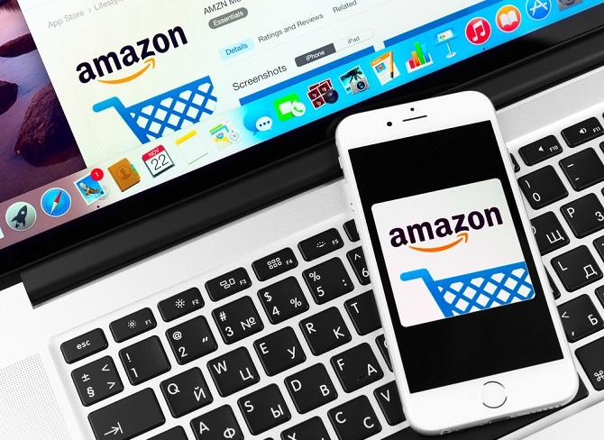 Im deutschen Onlinehandel dominieren einige bestimmte Händler, wie zum Beispiel der Otto Online Handel, Amazon und Zalando. Ebenfalls gefragt sind die Elektronikmärkte Saturn und Media Markt. Dass Zalando, Otto und zusammen mehr als 11 Milliarden € Umsatz generierten, während weitere Onlineshops auf den Rängen 4-100 zusammen fast genauso viel Umsatz erzielten zeigt, dass in Deutschland das Onlinegeschäft von einigen wenigen großen Anbietern dominiert wird. (#03)