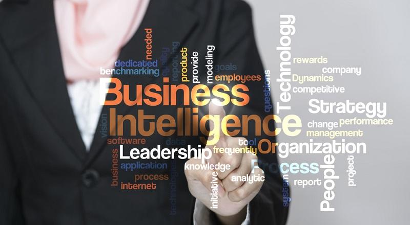 Business Intelligence gibt Entscheidern die Möglichkeit, mit Hilfe von Analysis und Reporting Tools aus Unternehmensdaten handlungsrelevante Informationen abzuleiten. Smarte Software Lösungen ermöglichen es mittelständischen Unternehmen sogar, ohne vorherige langwierige Implementierung BI-Tools einzusetzen. (#02)