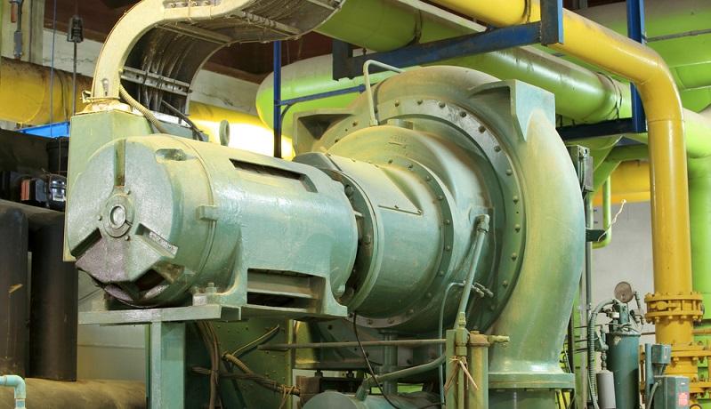 Bei der Auswahl eines Kompressors geht es darum, die Luftmenge auf die zukünftigen Anwendungen abzustimmen und darauf zu achten, dass der Verdichter die erforderliche Leistung erbringt. Dadurch, dass das Werkzeug selbst keinen zusätzlichen Antrieb benötigt, kann man mit diesem leicht hantieren. (#02)