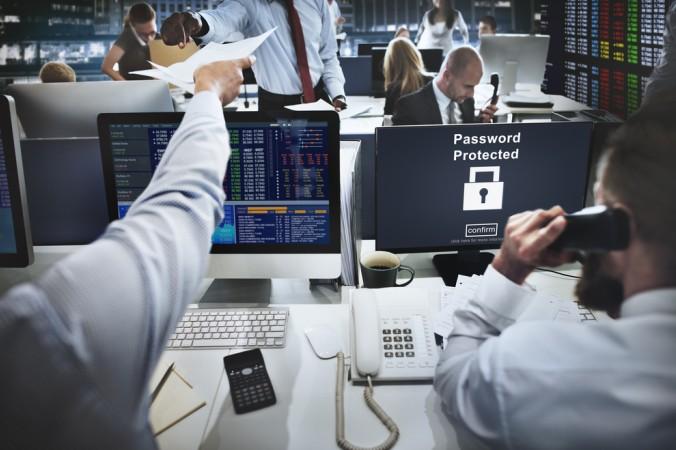 Sicherheit ist ein ebenso wichtiger Faktor im korrekten Master Data Management. Hier gilt es Daten vor Angriffen von Außen zu schützen, aber auch vor unsachgemäßem Umgang bei internen Zugriffen. (#6)