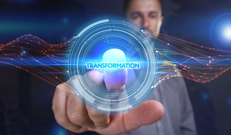 Wenn jedoch auf die Datentransformation verzichtet werden kann, verschwinden auch Probleme, die aus den fehleranfälligen Konvertierungs- und ETL-Prozessen resultieren. (#05)