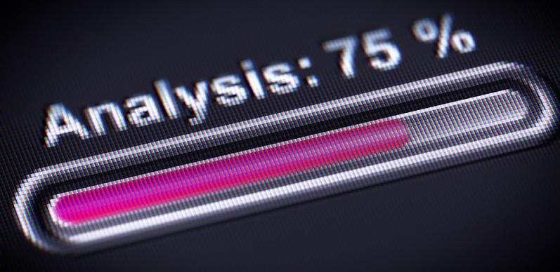 Mit dem Einsatz der Analyse-Tools ist es möglich, den gesamten Datenbestand des Unternehmens in regelmäßigen Abständen zu durchleuchten. (#04)