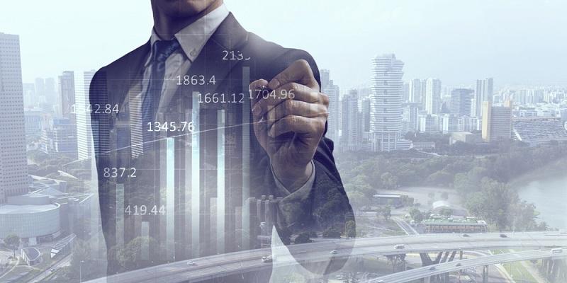 Wird die Darstellung mit Informationen geradezu überladen, besteht die Gefahr, Kernaussagen nicht zu erkennen und sich stattdessen im Detail zu verlieren. Die Informationen sollten im Kontext mit der aktuellen Unternehmenssituation stehen. Wird also ein Umsatzwachstum angestrebt, stehen die Umsatzzahlen im Fokus und nicht Informationen über Investitionen. (#02)