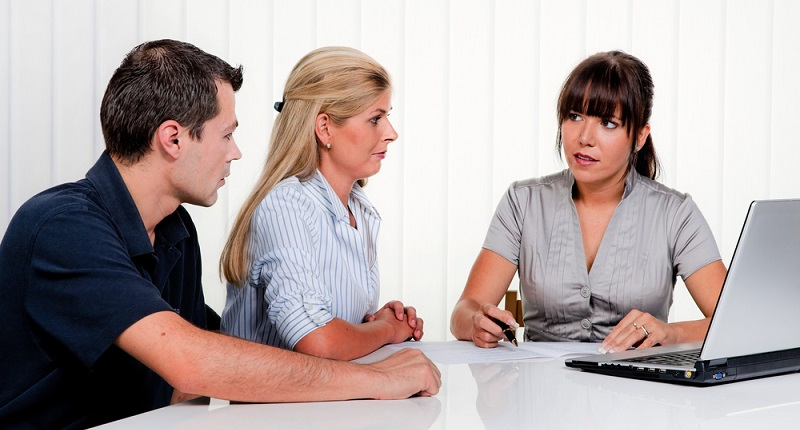 Wer sich für die Tätigkeit als Rentenberater interessiert, muss zum einen die oben aufgeführten Kenntnisse nachweisen. (#01)