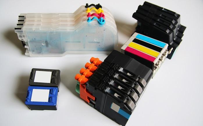 Die Technik macht's möglich – oder auch unmöglich. Denn immer mehr Hersteller statten ihre Drucker mit einem elektronischen Chip aus, der bereits beim Brother-Drucker angesprochen wurde. (#03)