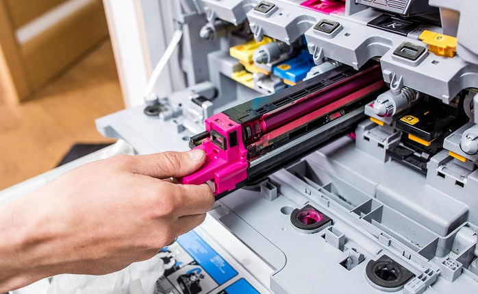 Sie wollen beim Drucken Geld sparen? Dann müssen Sie nicht zwangsläufig an der Druckerpatrone ansetzen. Auch dann, wenn Sie nur auf die hochwertigen Originalpatronen setzen, können Sie vermeiden, zu viel zu bezahlen. (#04)