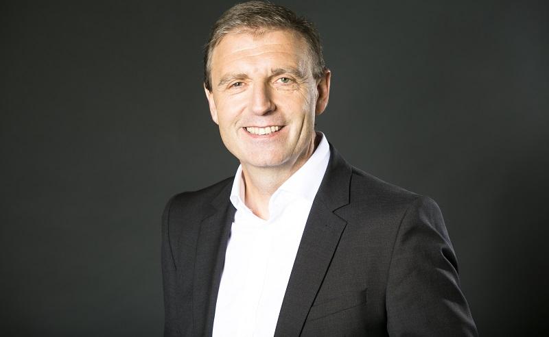 """Bernd Wagner ist als Regional Vice President bei Salesforce verantwortlich für die Marketing Cloud. Eine """"ganzheitliche Sicht auf den Kunden"""" und ein """"herausragendes Kundenerlebnis"""" gehen aus seiner Perspektive mithilfe der richtigen Technologien Hand in Hand."""