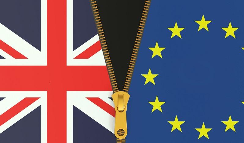 Experten gehen davon aus, dass ein solcher harter Brexit eine mindestens zehnjährige Phase der Verhandlungen nach sich ziehen würde. (#01)