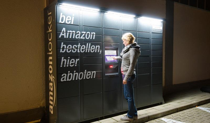 Bestellt über den Online Supermarkt Amazon die Prime Now-App, ist die Ware im gewünschten Zeitfenster innerhalb von wenigen Stunden da. (#01)