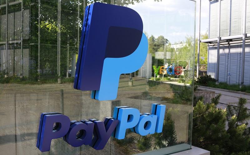 Der weltweit größte Zahlungsdienstleister im Internet ist PayPal mit rund 250 Millionen Mitgliedskonten. (#02)