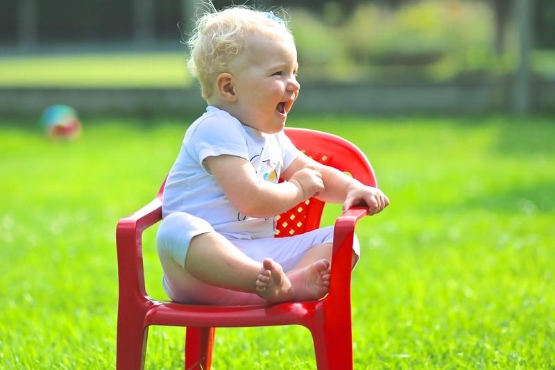 Kaum einer denkt beim Blick auf einen Gartenstuhl an das dahinterliegende Produktionsverfahren - die moderne Spritzgusstechnik. (#1)