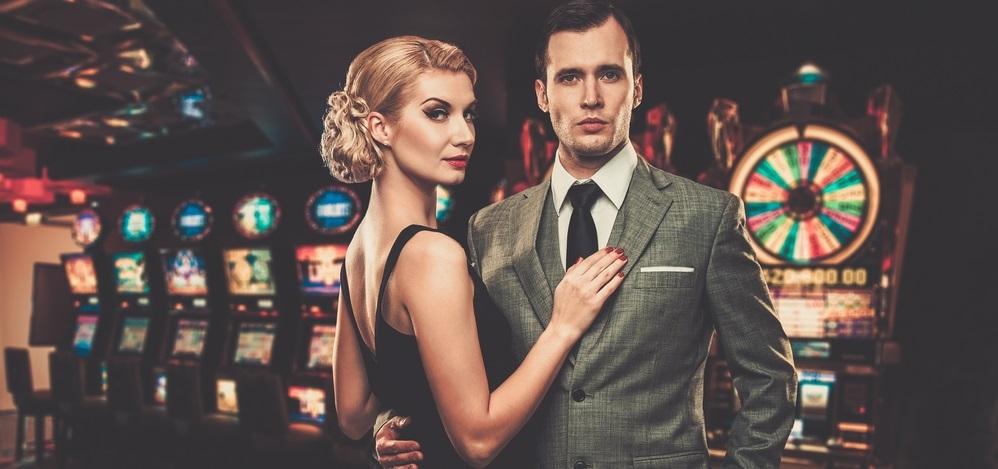 Die Glücksspielbranche boomt, denn mit den Träumen vom großen Geld lässt sich nun einmal selbiges machen.
