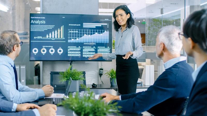 Information, Planung und Koordination von Personalfragen. Das ist eine der wesentlichen Aufgaben im Personalcontrolling. (#1)