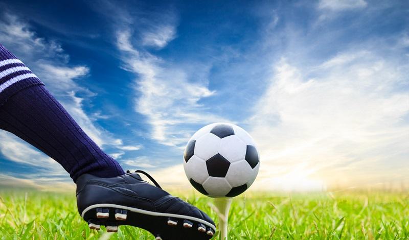 Wer hätte das gedacht? Auch Golf- und Fußbälle enthalten den Wertstoff Polyurethan. (#3)