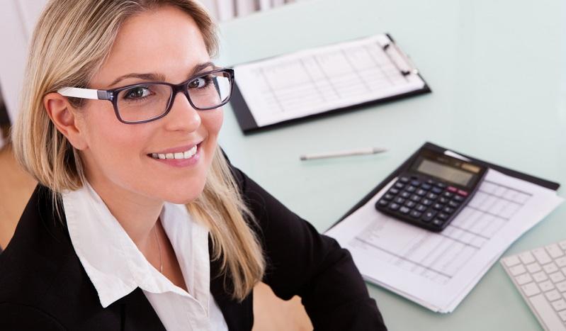 Selbständige, die der doppelten Buchführungspflicht unterliegen, kennen sich häufig nicht mit den Feinheiten der Buchhaltung aus. Doch Fehler werden vom Finanzamt nicht toleriert.