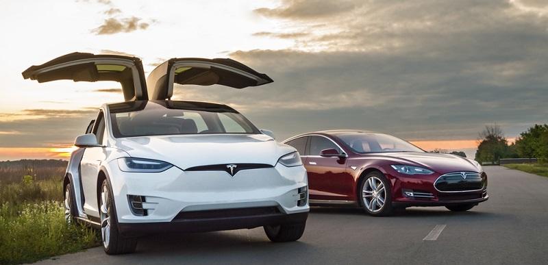Wer mit dem Gedanken spielt, sich ein Elektroauto anzuschaffen, der sollte nicht nur die Argumente der Wirtschaft oder der Hersteller in Betracht ziehen. Vielmehr sind auch die Vor- und Nachteile ausschlaggebend, die sich aus dem Umgang mit dem Auto ergeben.