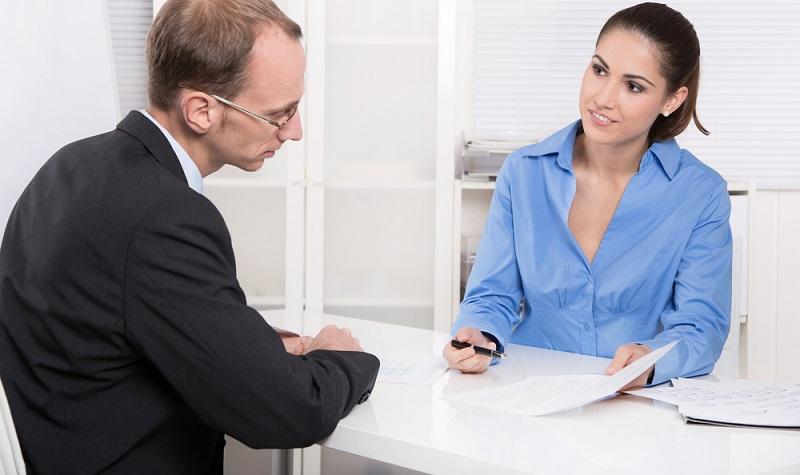Da es bei der Gründung einer Zweigniederlassung darum geht, dort einer gewerblichen Tätigkeit nachzugehen, ist es erforderlich, die Zweigstelle beim dafür zuständigen Verbraucherschutzamt anzumelden.