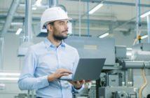 Qualitätssicherung: mit Quality Management Software (QMS) gegen den Personalengpass (Foto: shutterstock - Gorodenkoff)