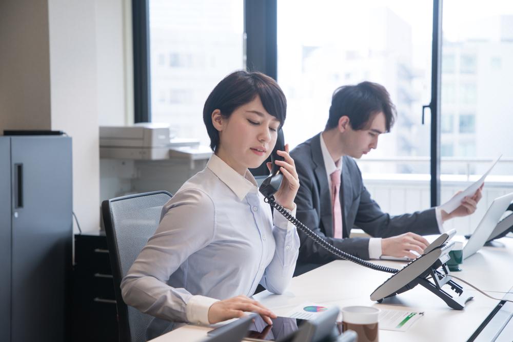 Was sagt der Angerufene im Gespräch zu einem: Genau auf kleine Details im Austausch mit dem potenziellen Kunden zu achten, das ist das A und O in einem Verkaufsgespräch.