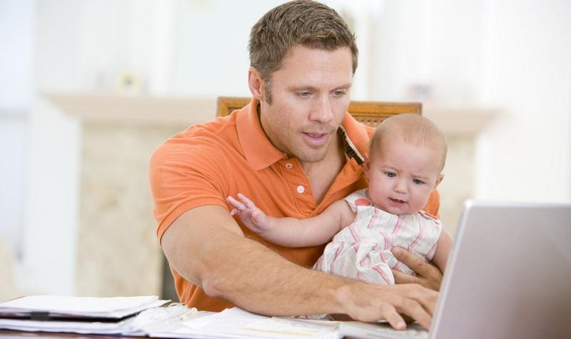 Die Kinderbetreuung muss zudem deutlich ausgebaut werden, wenn die Vereinbarkeit von Familie und Beruf wirklich gefördert werden soll.