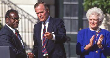 Bush: E-Mail-Konten gehackt ( Foto: Shutterstock-Rob Crandall )