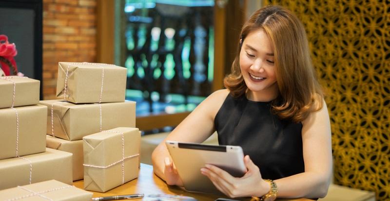 Das Internet bietet jedem, der auf einem Gebiet eine Expertise erreicht hat, die Möglichkeit, sein Wissen, seine Waren gegen Bezahlung zu vermitteln.