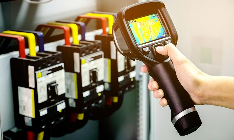Berührungs- und gefahrlose Temperaturmessung in elektrischen Anlagen