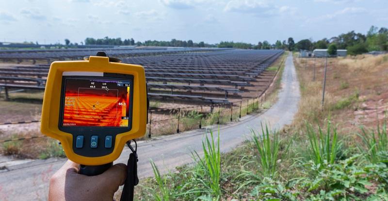 Bildunterschrift: Temperaturmessung der Solarpanels