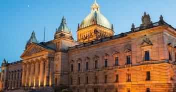 Sächsische Verwaltungsvorschriften: Änderungen und Gesetzte (Fotolizenz -Shutterstock: shutterstock- tichr )