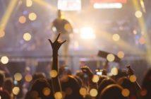Nachricht für Kerstin: E-Mail einer Sängerin ( Foto: Shutterstock- Party people studio )