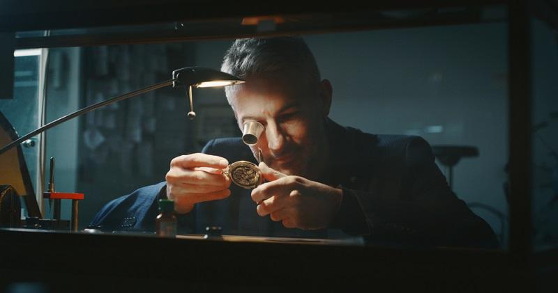 Gern teilt man bei A. Lange & Söhne die Leidenschaft für schöne Uhren, wobei eine einmalige Optik mit einer hochwertigen Technologie Hand in Hand geht.  ( Foto: Shutterstock-HQuality)
