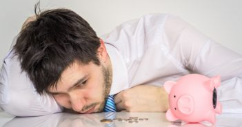 Banken ohne Schufa 2020: SCHUFA-freie Konten, Kredite & Co. (Foto: Shutterstock - vchal)