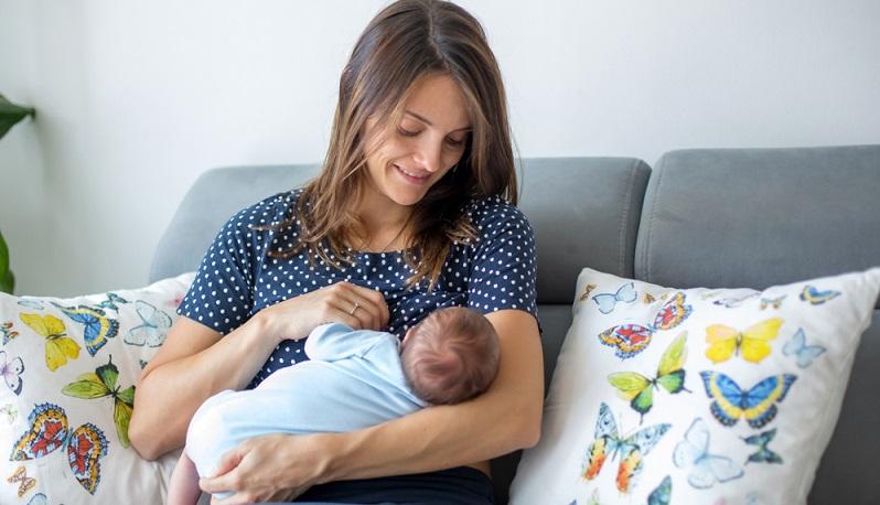 Das Mutterschutzgesetz sieht eine maximale Schallbelastung von 55 dB</strong> für werdende und stillende Mütter vor. ( Foto: Shutterstock- Tomsickova Tatyana)