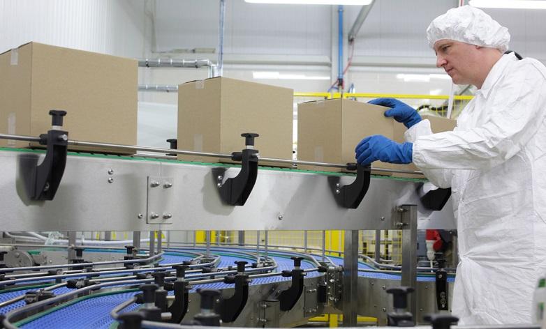 Fertige Erzeugnisse können abverkauft werden – sind oft Bestandteil eines Auftrags zur Lieferung einer gewissen Stückzahl an einen Kunden. ( Foto: Shutterstock-Marcin Balcerzak )